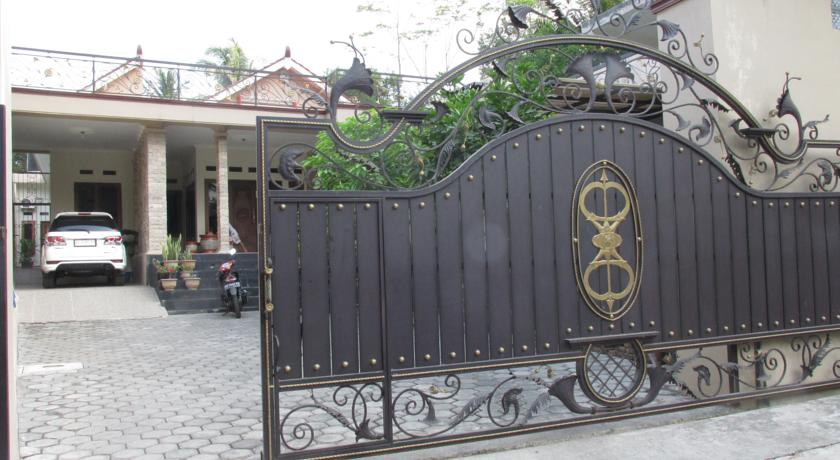 Sendang Wadon Homestay Pintu Masuk